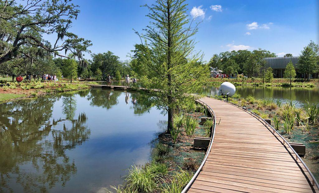 sculpture garden new orleans city park - nola places, photo - june 2020